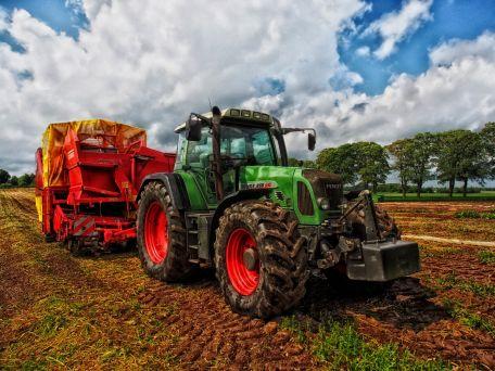 Landwirtschaftlicher - Betriebshelfer